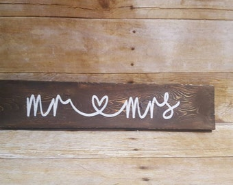 Valentines Sign, Mr & Mrs sign, Mr and Mrs sign, wedding sign, newlywed sign, bride and groom, rustic wedding sign, wood wedding sign