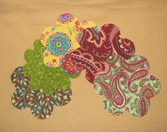 "Applique Handmade Flower - 4 1/4 x 4 1/4"" - Set of 5 - Iron on Sew on"
