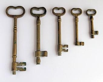 Set of 5 Vintage Brass Skeleton Keys