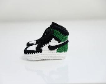 Baby air jordan,baby sneaker,Crochet Air Jordan 1 Retro Green Sneaker,shoes,air jordan 1 flyknit,jumpman shoes, crochet sneaker, baby jordan