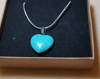 Dyed howlite stone heart necklace (made to look like turquoise).
