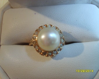 Gold Ring with Seed Pearls, Vintage Gold Ring, Pearl Ring, Fine Jewelry, Cultured Pearl Ring