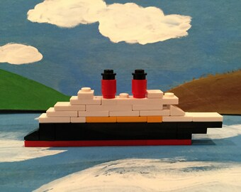Set Of 5: Mini LEGO Cruise Ship Kit - 32 pieces/kit- Fish Extender/Stocking Stuffer Ideas