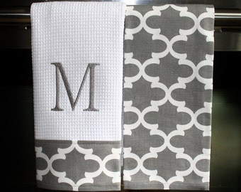 Monogrammed Kitchen Towels or Hand Towels in Grey Quatrefoil | Housewarming Gift | Hostess Gift | Gifts for Her | Wedding