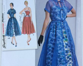 Simplicity 8252: 1950s Vintage Redingote and dress pattern. Sleeveless dress.  Misses 12, 14, 16, 18, 20.
