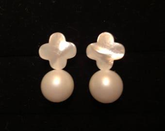 Pearl Tiffany Earrings