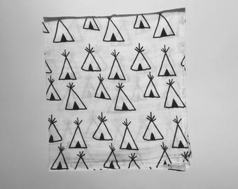 Teepee theme double gauze baby Swaddle / Indian. Creating hand-made in France