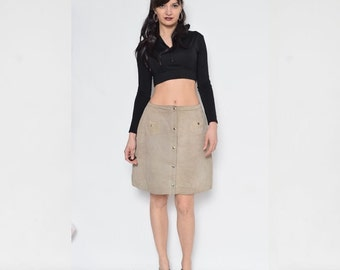 Vintage 70's Beige Suede Leather Skirt / Suede Snap Button Skirt / Beige Suede Mini Skirt - Size Medium