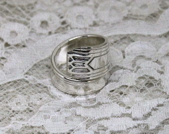 Spoon Ring - FRIENDSHIP 1932 - Vintage Silverware Spoon Ring, Spoon Jewelry - Art Deco - Ready To Ship - Made In Usa - Size 7