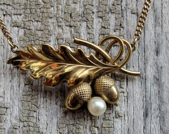 Carl Art 12k Gold Filled Acorn and Oak Leaf Necklace, Faux Pearl,  15 1/4 Inch Length, Signed Piece Curb Chain, Spring Ring, Charming 30-40s