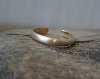 Matte 14K Gold Fill Toe Ring- Wide Half Round -2.5mm