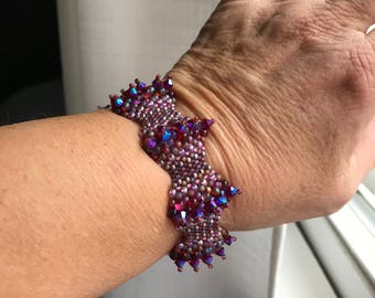 Bubble Peyote Stitch Bracelet with Deep Pink (Light Siam AB) Crystals