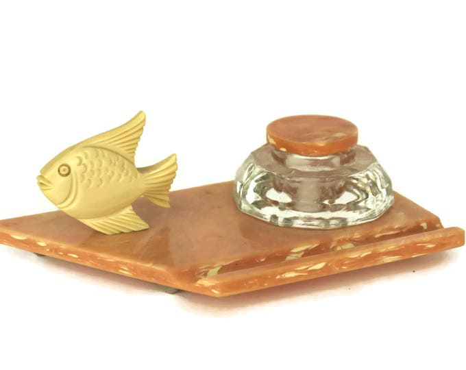Art Deco Bakelite Inkwell and Pen Holder with Fish Figurine. French Pink Desk Organizer and Office Decor. Coworker Gifts for Her.