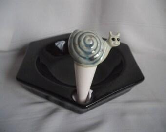 Small Snail Plant Tender/Waterer