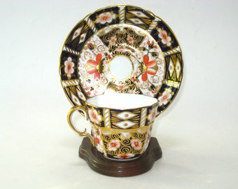 Antique Royal Crown Derby TRADITIONAL IMARI Tea Coffee Cup & Saucer Set 1909- Fluted Hand Painted English Bone China Old Mark