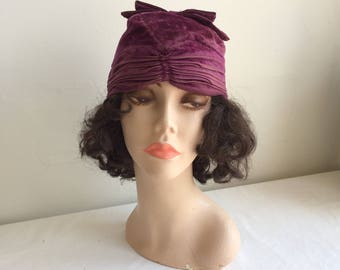 1920s Flapper Art Deco Purple Cloche Hat Silk Panne Velvet Ruching Ruched Bow