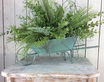 Centerpiece, Summer floral arrangement, Spring decor, Spring Table Arrangment, Spring Centerpiece, little wagon arrangement, wagon