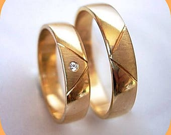 Pair ! 2 Wedding Rings, His and Hers Bands, With 100% Natural 1,3 mm Brilliant Yellow or White 14k Gold, 4 or 5 or 6 mm Wide
