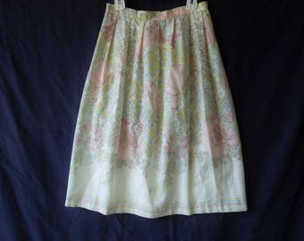 70s Long Floral Pastel Peasant Folky Maxi Skirt