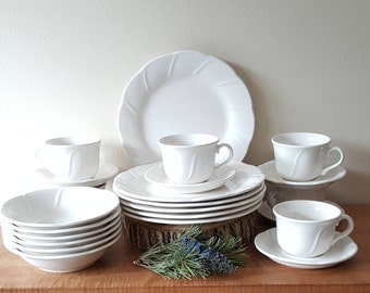 Pfaltzgraff Stratus Dinnerware 24 Pieces Set for 6: Made in the USA
