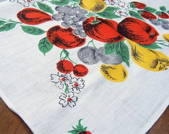 Fabulous Fifties Fruit tablecloth