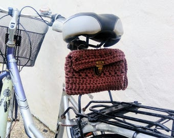 Crochet bag for rear carrier, or to the seat. Brown.
