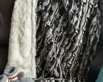 Lemur Minky blanket