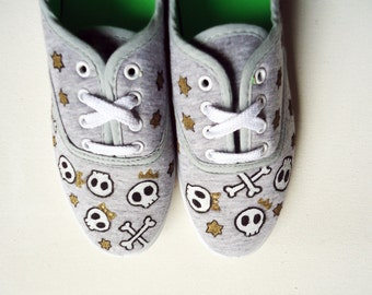 Hand painted Pumps/ Sneakers -  Skulls and Gold -  Customize your shoes - Kezbirdie