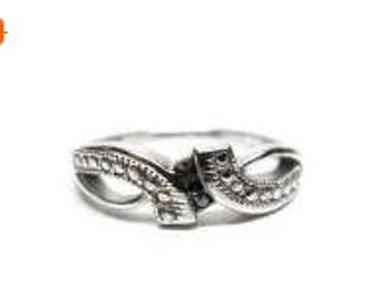 ON SALE Sterling Silver MCTH Ring - Size 7.25 - Ladies Ring - Pretty  Feminine Design