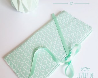 """Protects family record book """"Mint"""" triangle"""
