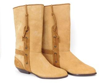 Sz 6.5 80s Women's Faux Nubuck Women's Boots - UNWORN Vintage Butterscotch and Brown Vegan Suede Tassel Trim Low Heel Calf Booties