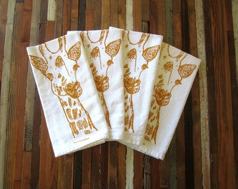 Cloth Napkins - Screen Printed Cloth Napkins - Eco Friendly Dinner Napkins - Giraffe - Handmade - Cotton Cloth Napkins - Table Setting