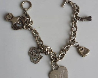 4.1 Grams Italy sterling silver bracelet with heart charm