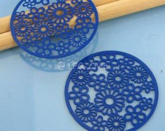 2 prints - floral - 32mm diameter - round blue # T25