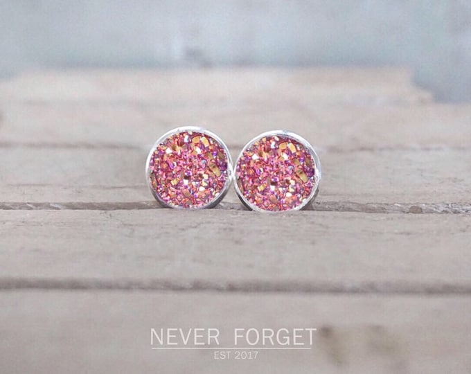 """Featured listing image: Earrings """"Flake"""" white/black/pink-10 mm/pair"""