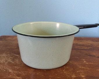 """Vintage Robin's Egg Blue Enamelware Pot, 7"""""""