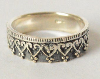 Vintage Sterling Silver Decorative Heart Scroll Band Ring Size 6