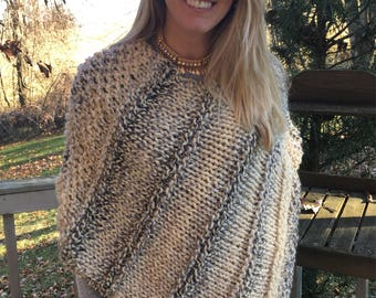Handknit poncho, Chunky Knit Poncho, Women's Poncho, Chunky cape, Knit wrap, Neutral colors , FREE  SHIPPING within the US