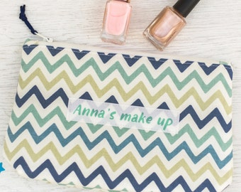 Personalised Zigzag Make Up Bag - hen party gift -  gift for her - mother's day gift - gift for daughter - makeup bag - beauty bag