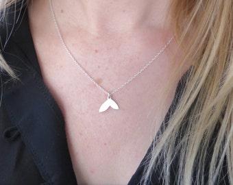 Sterling Silver Petal Drop Delicate Layering Necklace/Minimalist Necklace/Dainty Silver Necklace