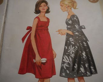 Vintage 1960's Butterick 4235 Tent Dress Sewing Pattern Size 10, Bust 31 or Size 12, Bust 32