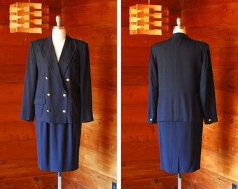 vintage Max Mara dark blue wool and rayon double breasted suit set / size medium