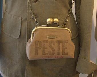 """Vintage """"Plague workshop"""" purse shoulder bag"""