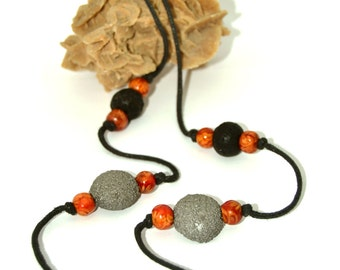 "Long necklace - ""volcanic Moon"" - black and silver"