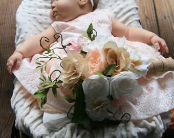 Bouquets / Paper Flower Bouquets / Wedding Bouquets / Bride & Bridesmaid Bouquets