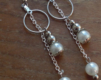 Small hoop pearl drop earrings