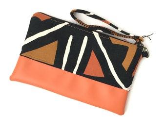 Mudcloth wristlet, african bag, clutch purse, clutch bag, evening bag, clutch bags for women, iphone wristlet, cellphone wristlet