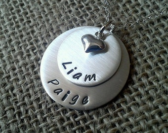Mother Necklace, Custom Mommy Necklace, Grandma Necklace, Kids Names Necklace with Puffy Heart