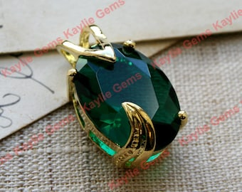 Emerald Green Glass Jewel Pendant Gold Fancy Setting - 1 pc