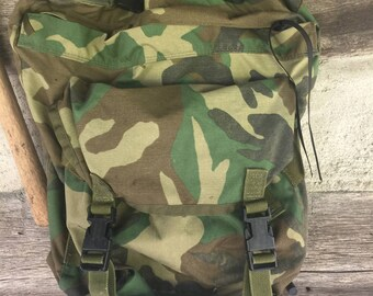 Cammo backpack top zip woodland mitary